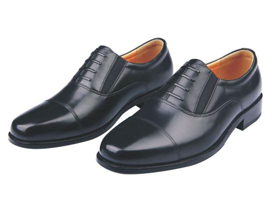 07A ordinary leather shoes