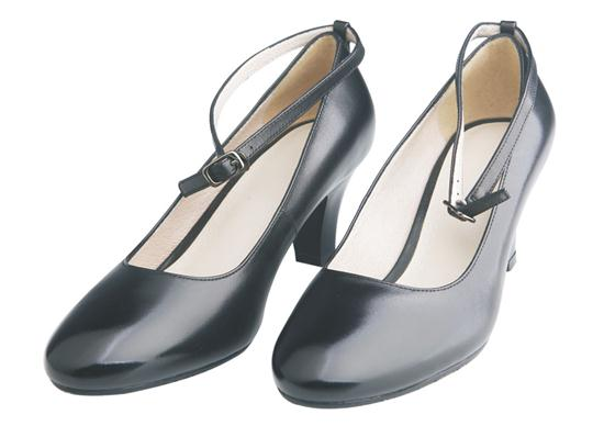 07A women's ordinary leather shoes in summer